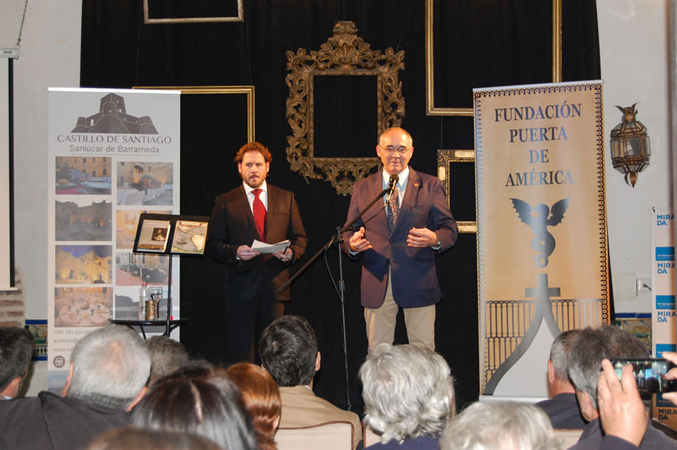 Director Fundación Puerta de América Juan Antonio Manzano y el tenor Israel Lozano